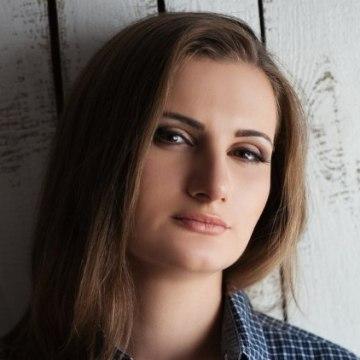 Yana Haritonenko, 25,