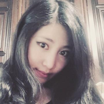 J Kim, 24, Anyang-si, South Korea