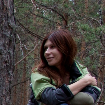 Лора, 43, Izhevsk, Russia