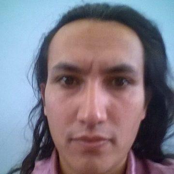 Héctor L. Aravena Pérez, 31, Santiago, Chile