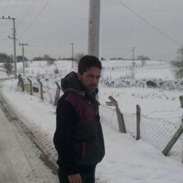 Fatih Güçlü, 28, Istanbul, Turkey
