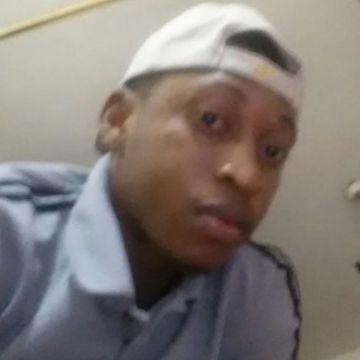 Aniekwensi innocent, 32, Dubai, United Arab Emirates