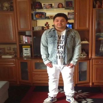 Sergio Arana, 27, Orio, Spain