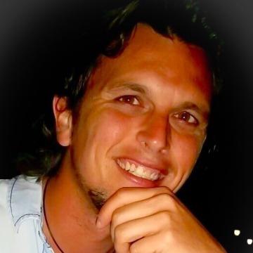 Ricardo Linares, 33, Marbella, Spain