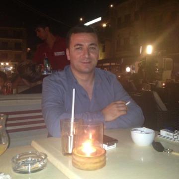 göksel, 40, Istanbul, Turkey