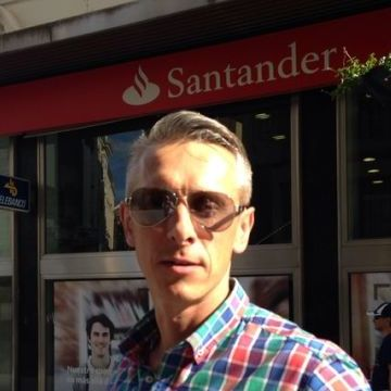 Pavel Kavetski, 42, Cordoba, Spain