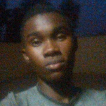 kluivert, 22, Ouagadougou, Burkina Faso