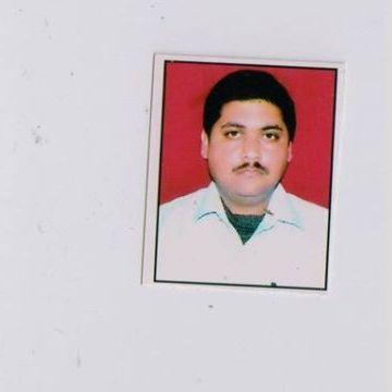 VIVEK UPPAL, 37, Kanpur, India