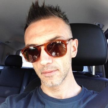 Lorenzo, 36, Rome, Italy