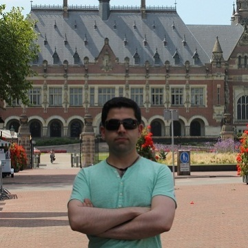 Alex, 31, Rotterdam, Netherlands