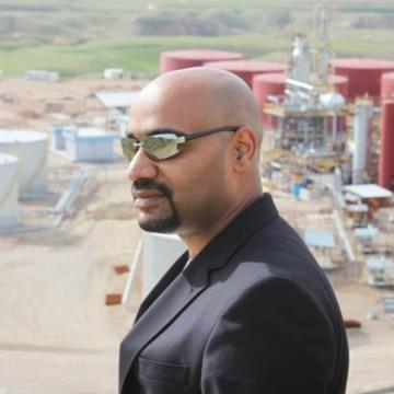 tariq adnan, 34, Karrada, Iraq