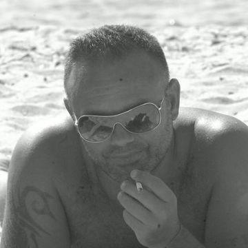 Ninni Pinna, 44, Nuoro, Italy