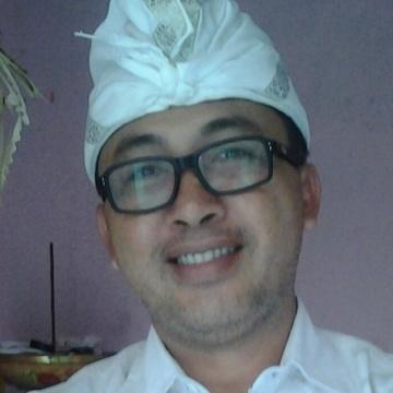 Kadek Tour, 44, Jakarta, Indonesia