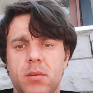Soner Şahin, 32, Istanbul, Turkey