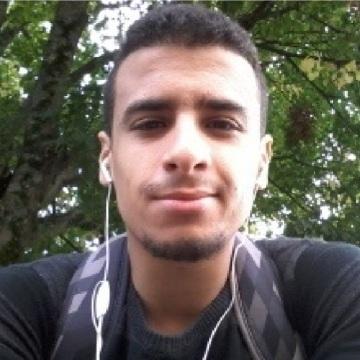 ahmed, 22, Paris, France