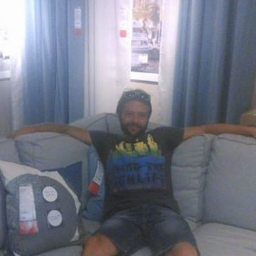 Illy Fogg Ballesta, 36, Palma, Spain