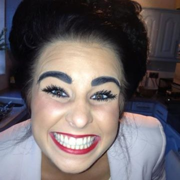 mary ann ellis, 32, Stradsett, United Kingdom