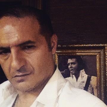 Gökten Yüksel, 42, Ankara, Turkey