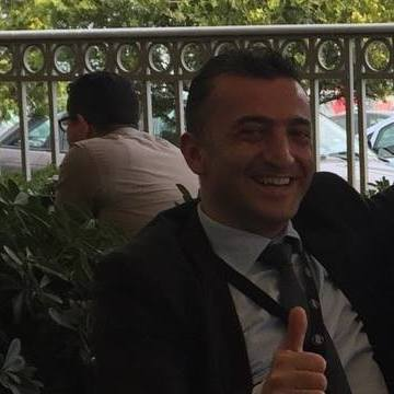 Cemil Kurunc, 39, Istanbul, Turkey