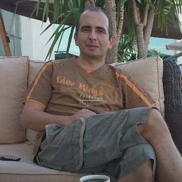 Taner, 40, Istanbul, Turkey