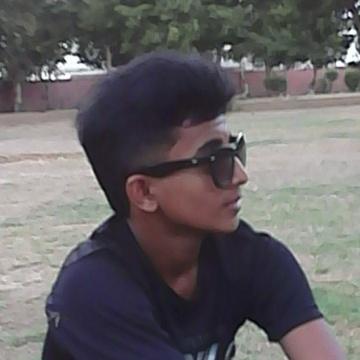 Ramiz Raza, 20, Karachi, Pakistan