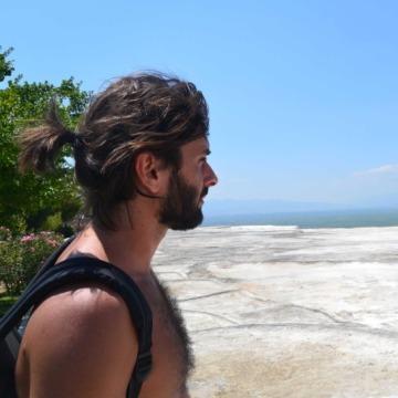 Luca, 33, Pisa, Italy