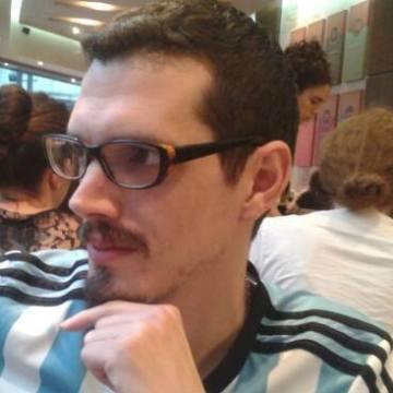 Pablo Pérez, 32, Buenos Aires, Argentina