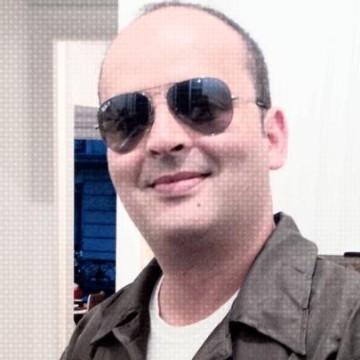 Sodapop Rhayem, 43, Issy-les-moulineaux, France