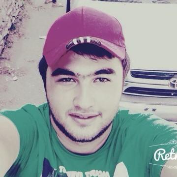 Magi, 25, Istanbul, Turkey