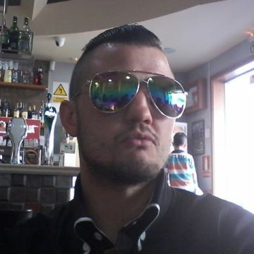 Josue Gonzalez Abreu, 31, Vitoria, Spain