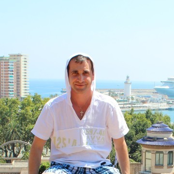 Dmitry, 39, Saint Petersburg, Russia