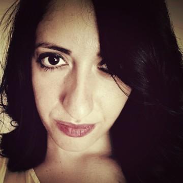 Esmeralda Rizza, 28, Paris, France