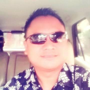 Bob Marshal, 36, Denpasar, Indonesia