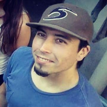 Alejandro Medina, 32, Rancagua, Chile