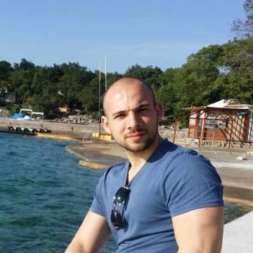 Giuseppe Renzullo, 28, Milano, Italy