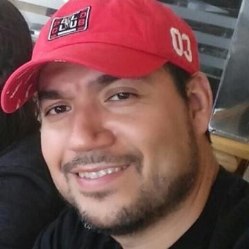 Dave Santos, 40, Chilpancingo, Mexico