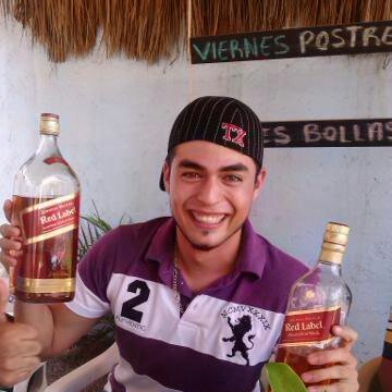 Erick VaDe, 27, Puerto Vallarta, Mexico