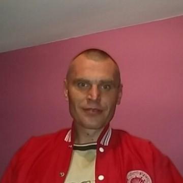 Adrian Marcinkowski, 35, Krakow, Poland