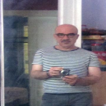 Dimos, 52, Athens, Greece