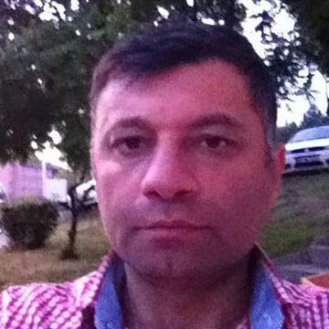 Hasan Özönal, 46, Istanbul, Turkey