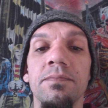 Marino Gandossi, 38, Brescia, Italy