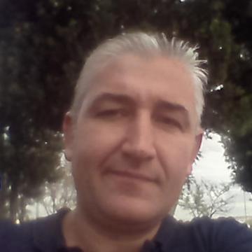 İsmail Yılmaz, 42, Istanbul, Turkey