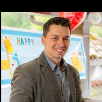 Dmitriy Ivanov, 32, Alexandria, United States