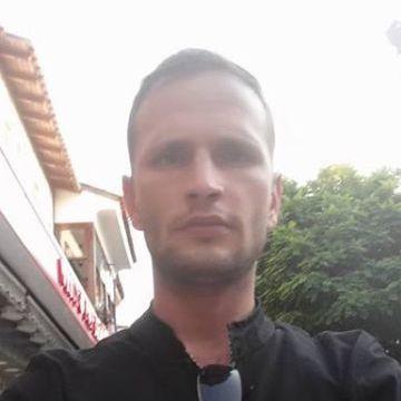 Ozan Sezen, 31, Istanbul, Turkey
