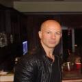 Gordon Gordon, 36, Beverly Hills, United States