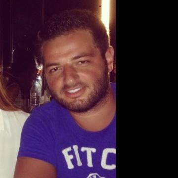 Elie, 28, Abu Dhabi, United Arab Emirates