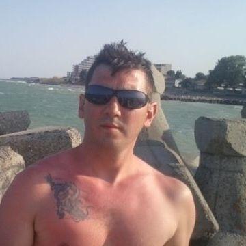 Laszlo Balogh, 35, Antwerpen, Belgium