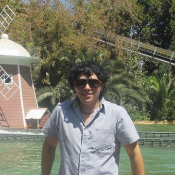 Roni Miralles, 36, Castro, Chile