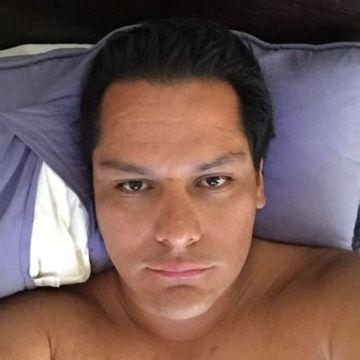 Daniel Mendoza, 36, Santiago, Chile