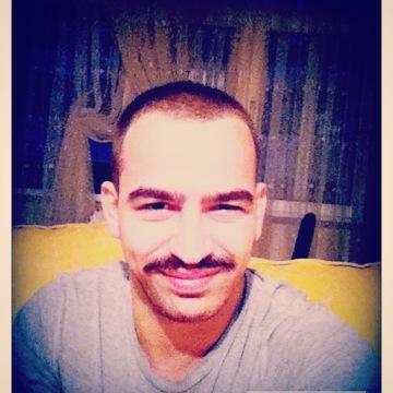 Ozan, 25, Istanbul, Turkey